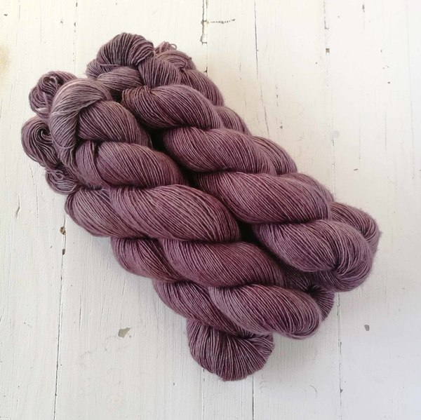 Bramble Wine is a beautifully evocative semi-solid - it reminds me of bruised brambles (or bramble stains on one's fingers). It is a dusky purple-pink tone that pairs well with Belladonna, Tamarisk, Rustic Linen, Lothlorien and West Coast Fog.