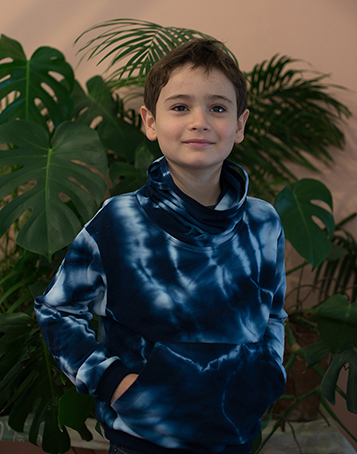 Tie dye sweatshirt with buff-neck