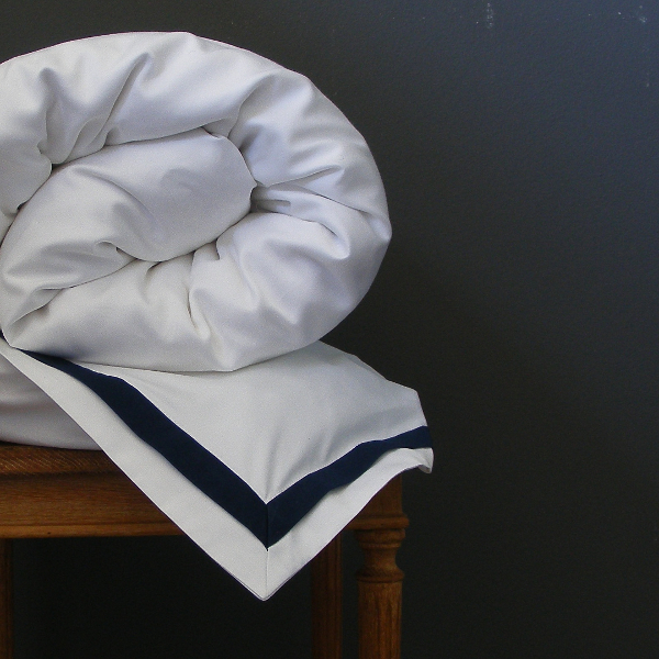 Signature Collection - Double Oxford Duvet Covers - Midnight on White