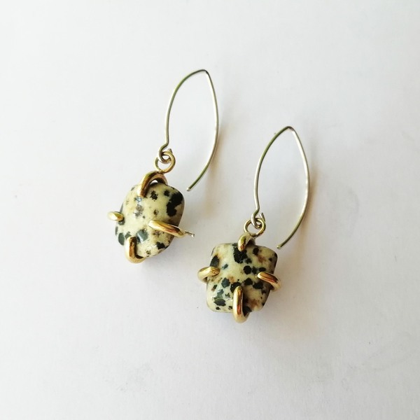 STONE CLAW Dangly Earrings with Dalmation Jasper