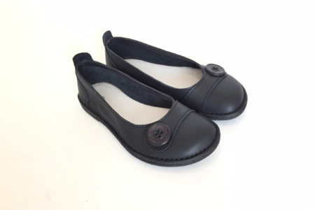 Zuri means lovely and beautiful, which speaks of the beauty in every woman. The Zuri ballerina is our classic, all–leather shoe that offers style, character and flair. They can be worn with anything! Dress it up for an elegant look, or dress it down for casual wear, these ballerinas bring a unique and relaxed charm.  The Zuri ballerina is made from genuine leather uppers, it is soft, comfortable, and made for a wider foot. For the narrower foot, we add a leather footbed to fill up the extra space to create a snug fit. A layer of memory foam covers the insole, which is then covered with leather for extra comfort and durability.  NOTE: Zuri ballerinas are available with hearts, straps, buttons or plain.  Should we not have your shoes in stock then we will gladly make them with a lead time of 2-3 weeks. If we do have stock your shoes will be shipped within 1-3 working days after payment has been made. Our courier delivery time is over and above this.  IMPORTANT: Before ordering, please consult the size chart and add your actual foot measurement to the comments section when ordering.Click to view size chart and foot measurements.  For extra comfort and care add aBummel leather footbed and leather foodto your cart.  Find out more interesting facts about Bummel Shoes -read more...  FREE SA shipping of orders over R1000.