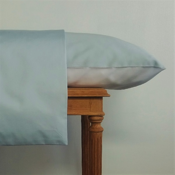 Signature Collection - Two Tone Pillowcases (2) - Breeze and White