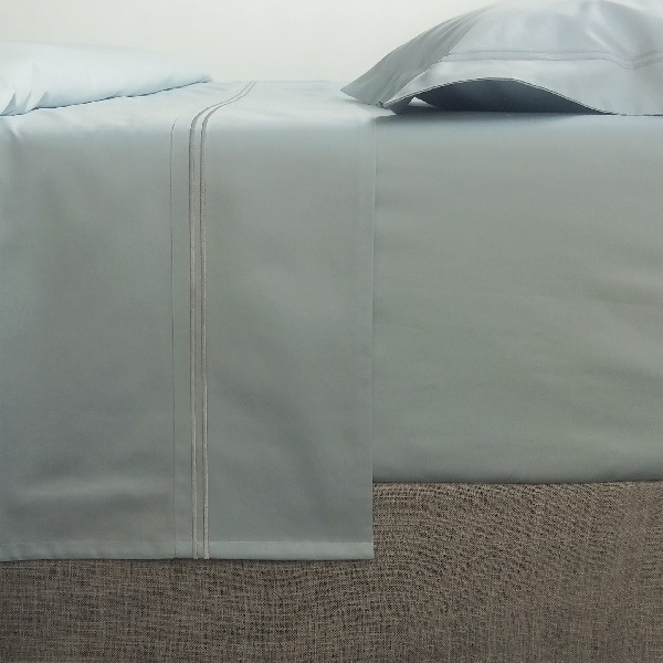 Signature Collection - Double Satin Stitch Flat Sheets - Breeze on Breeze