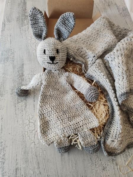 Newborn Blessing Box - Doodoo Bunny
