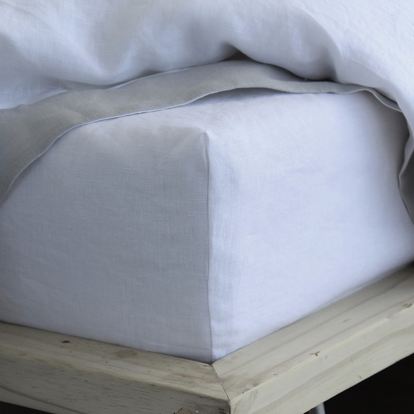 True Linen Collection – Fitted Sheets – Salt