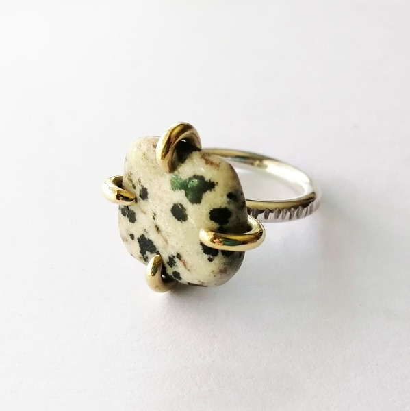 SUNSHINE STONE CLAW Ring with Dalmation Jasper