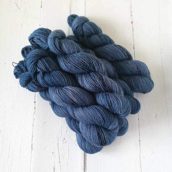 Aizome is a perfect denim blue - I've matched the colour to one of my favourite pairs of jeans. It has a delicate speckle, and is a bit paler in colour than the pair of jeans. It looks great with Dutch Still Life and Honey Mustard.